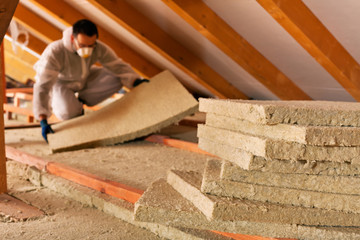 C-Rénovation : Quelle isolation sous toiture à Toulouse ?
