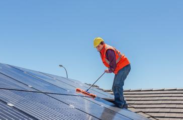 C-Rénovation : Quelle période pour nettoyer sa toiture à Saint-Orens-de-Gameville ?
